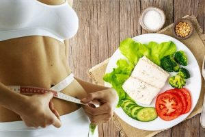 4 Crazy Celebrity Diet Plans To Lose Weight Fast