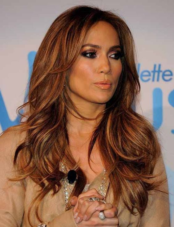 13 Popular Jennifer Lopez Hairstyles That rocked The Fashion World