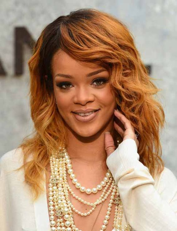 10 Top Rihanna Hairstyles That Are Worth Trying For Every Girl