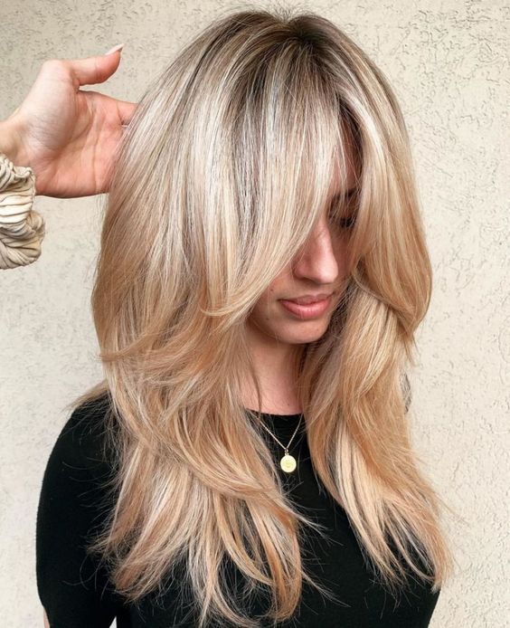 10 Unavoidable Long Bangs Hairstyles and Haircuts for Your Great Attraction (21)