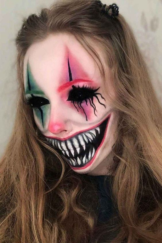 11 Amazing Halloween Makeup Ideas to Try (21)