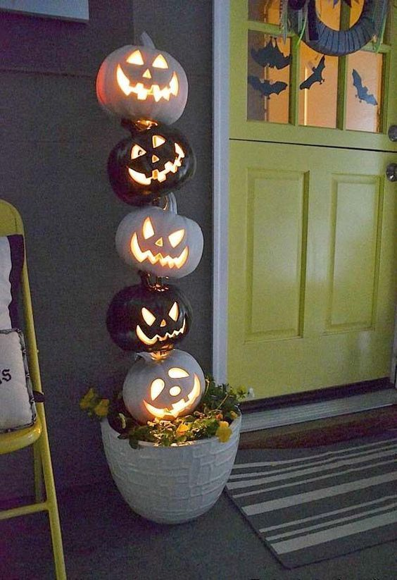 16 Amazing Halloween Decorations DIY (11)