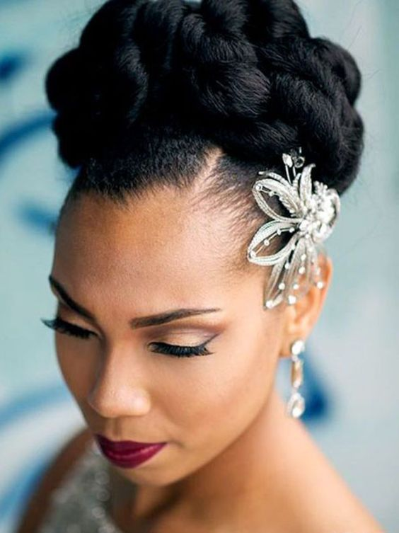 9 Black Hairstyles Updo (11)