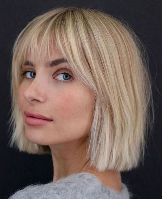19 Classy Short Bob Haircuts with Bangs That Will Rock Your World (1)