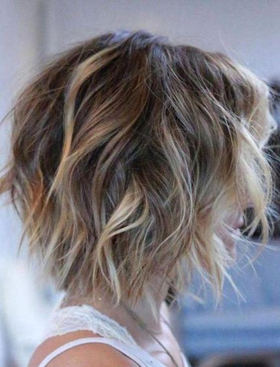 11 lovely Short Hairstyles For Thin Hair 2020 (11)