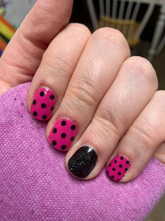 15 Fantastic Polka Dot Nail Art Tutorials for 2020: Have a look!