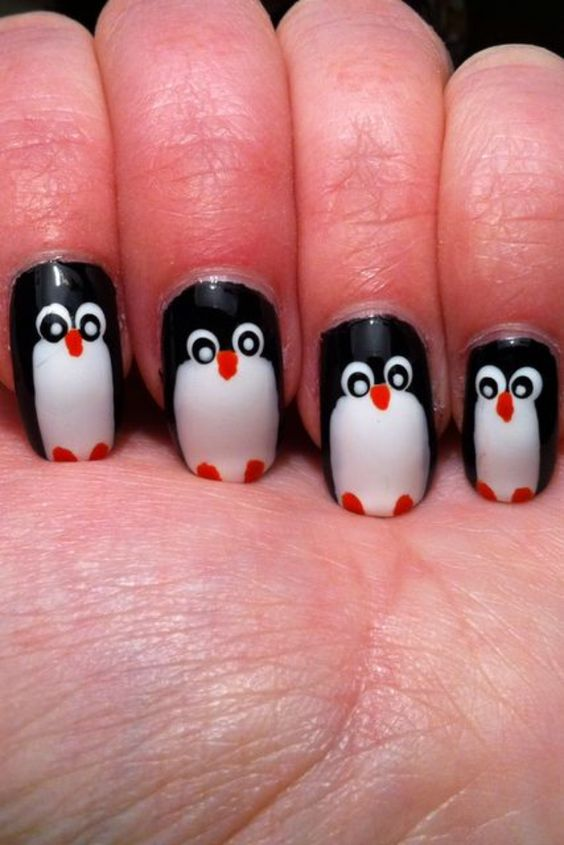 Penguin Nail Art For Winter Which Cannot Be Avoided (22)