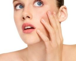 10 Home Remedies For Oily Skin That Really Works