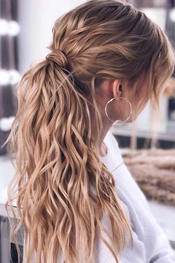 15 Stylish & Pretty Ponytail Hairstyles in Winter (1)