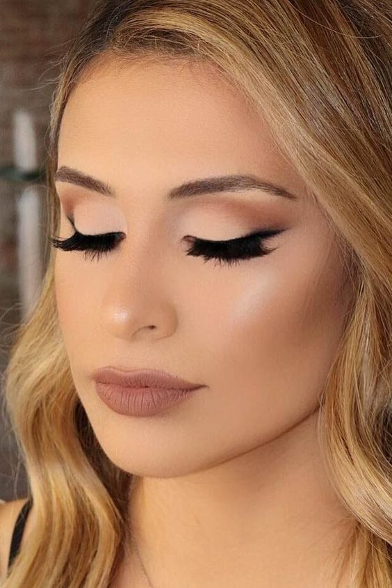 11 Most Needed Dramatic Spring Makeup Looks (1)