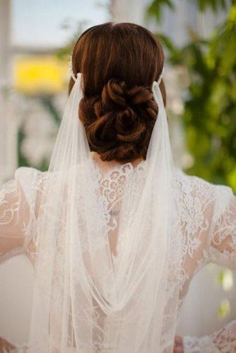 15 Marvelous Wedding Hairstyles For Spring That Look Gorgeous With Veil