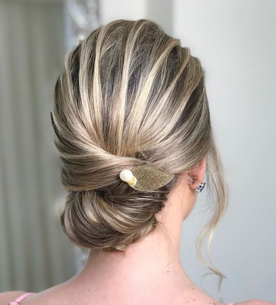 20 Unbelievably Gorgeous and Stunning Spring Hairstyles For Long Hair (1)