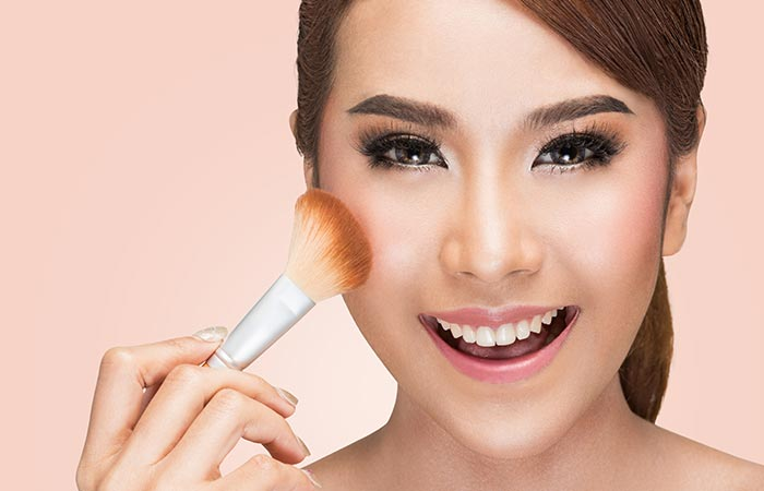 4 Simple Ways To Apply Liquid Foundation Correctly You Should Know