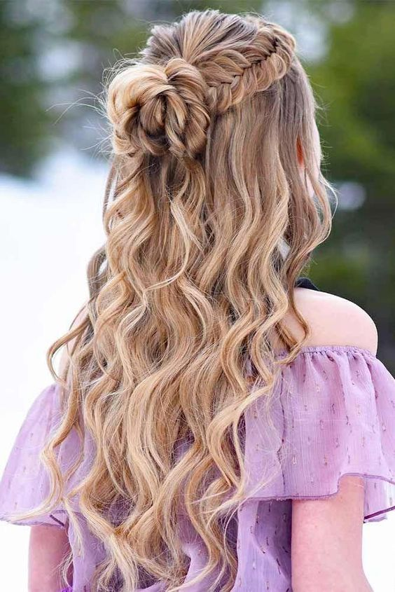15 Best Prom Hairstyles For Long Hair (1)
