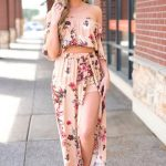 21 Casual Maxi Skirt Beach Outfits that Can Go Beyond Swimsuit Covers