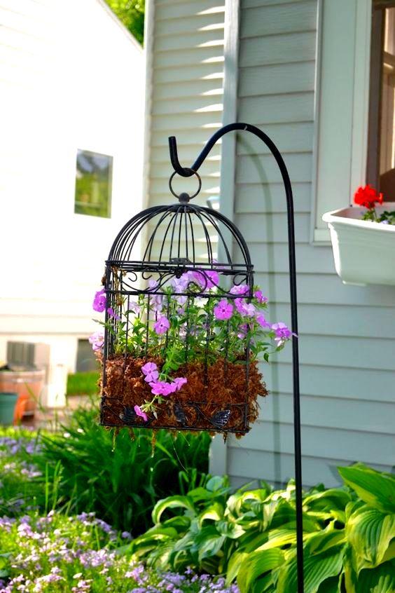 30 Cheap Easy And Creative Summer Outdoor Decor DIY