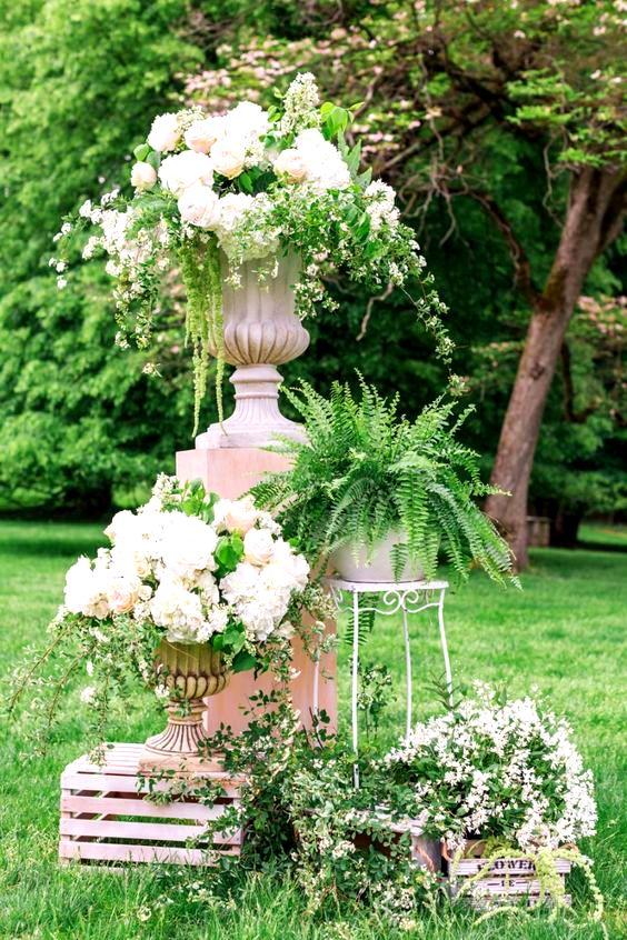 30 Outstanding Outside Summer Wedding Reception Decor Ideas