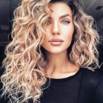 29 Best Loose Curly Hairstyles 2021