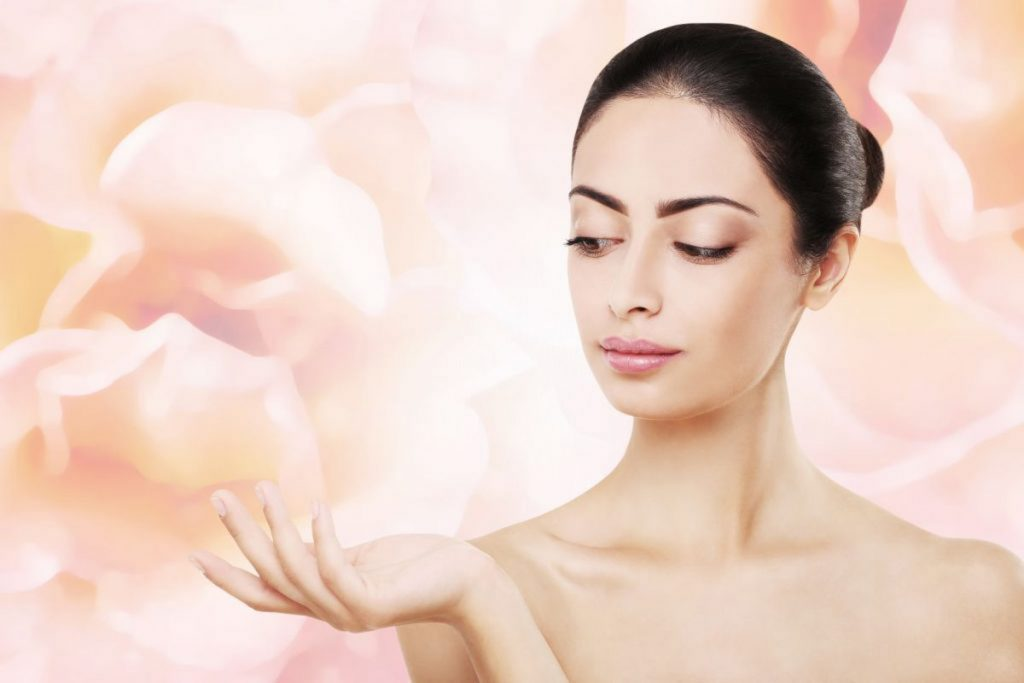 8 Necessary Spring Skincare Tips For The Most Effective Result